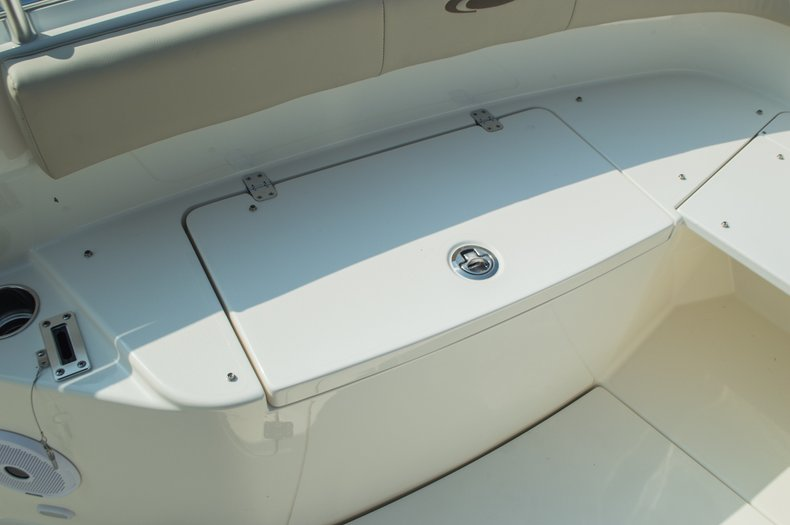 Thumbnail 19 for New 2015 Cobia 296 Center Console boat for sale in West Palm Beach, FL