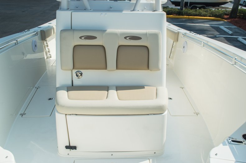 Thumbnail 28 for New 2015 Cobia 296 Center Console boat for sale in West Palm Beach, FL