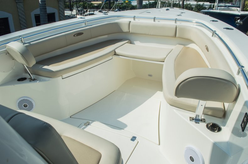 Thumbnail 34 for New 2015 Cobia 296 Center Console boat for sale in West Palm Beach, FL