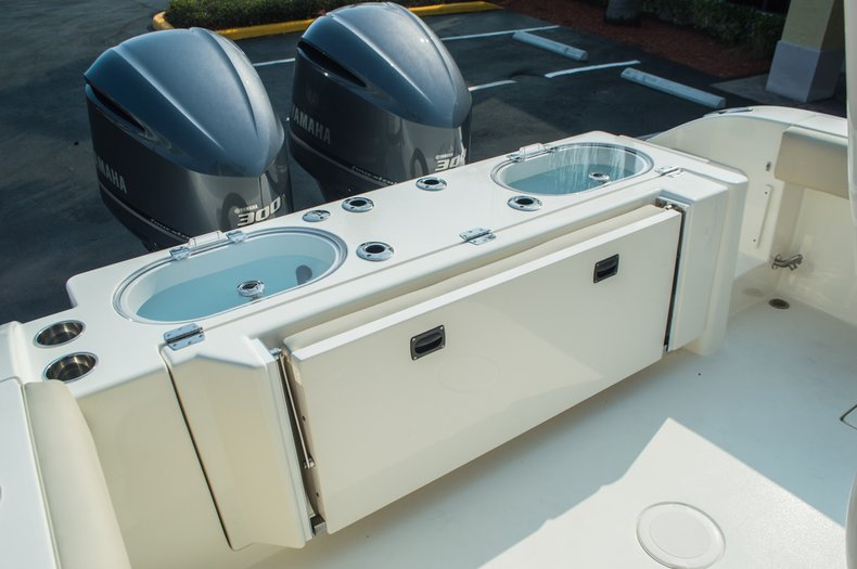Thumbnail 73 for New 2015 Cobia 296 Center Console boat for sale in West Palm Beach, FL