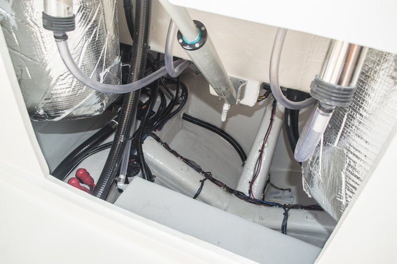 Thumbnail 80 for New 2015 Cobia 296 Center Console boat for sale in West Palm Beach, FL