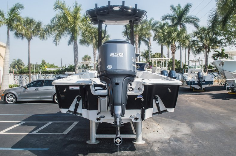 Thumbnail 8 for New 2015 Sportsman Tournament 234 Bay boat for sale in West Palm Beach, FL