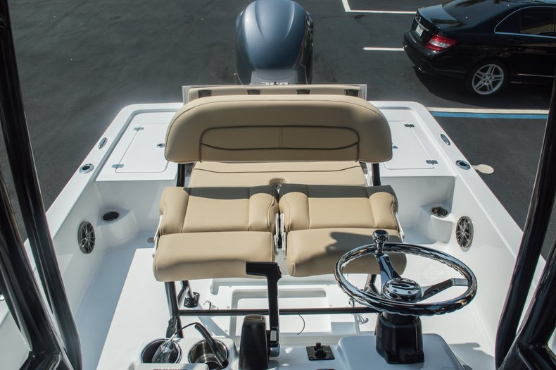 Thumbnail 41 for New 2015 Sportsman Tournament 234 Bay boat for sale in West Palm Beach, FL