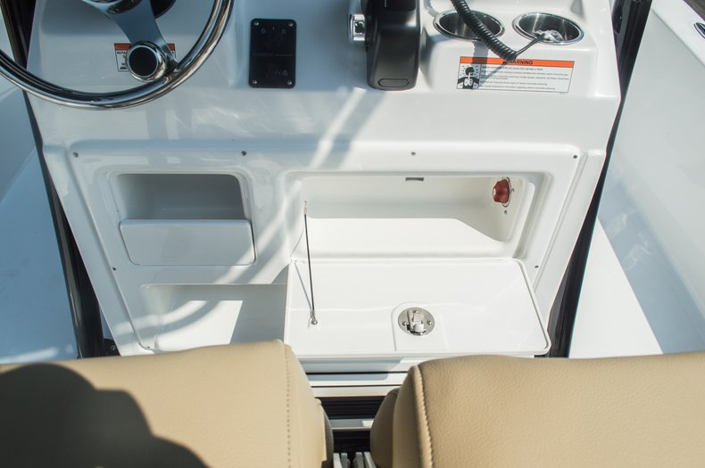 Thumbnail 54 for New 2015 Sportsman Tournament 234 Bay boat for sale in West Palm Beach, FL