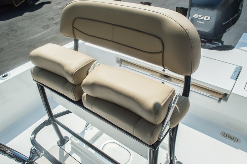 Thumbnail 56 for New 2015 Sportsman Tournament 234 Bay boat for sale in West Palm Beach, FL