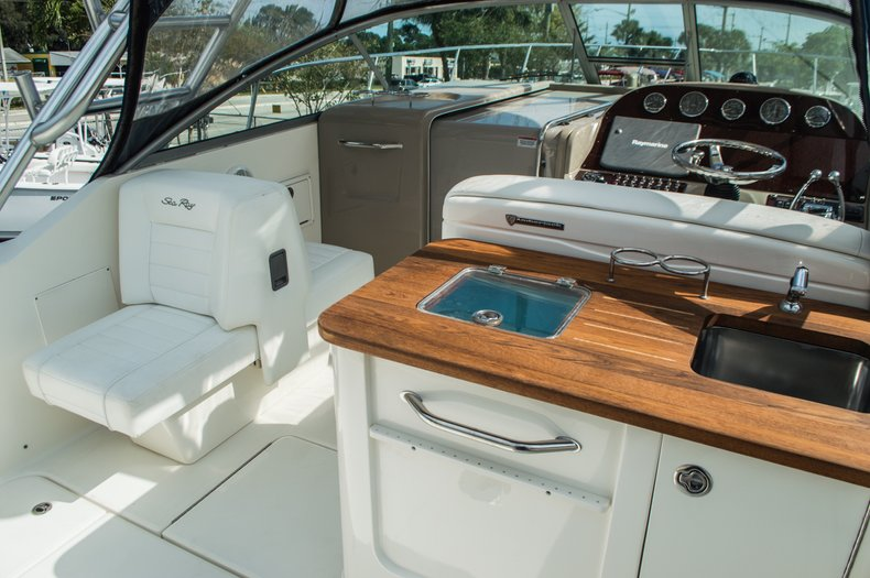 Thumbnail 38 for Used 2008 Sea Ray 290 Amberjack Cruiser boat for sale in West Palm Beach, FL