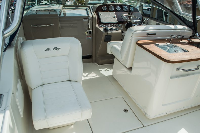 Thumbnail 39 for Used 2008 Sea Ray 290 Amberjack Cruiser boat for sale in West Palm Beach, FL