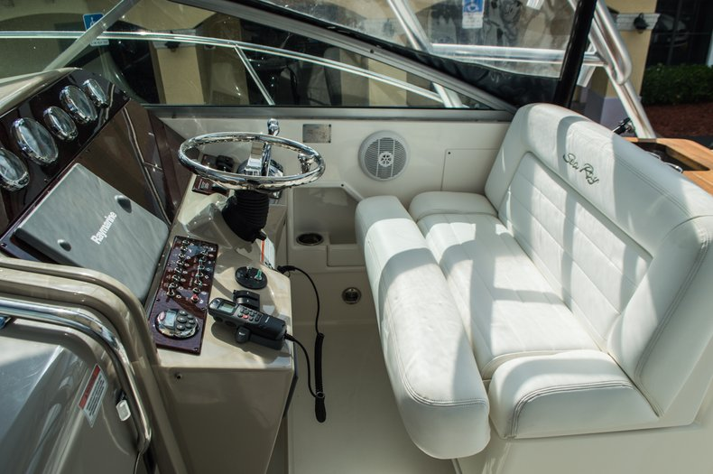 Thumbnail 41 for Used 2008 Sea Ray 290 Amberjack Cruiser boat for sale in West Palm Beach, FL