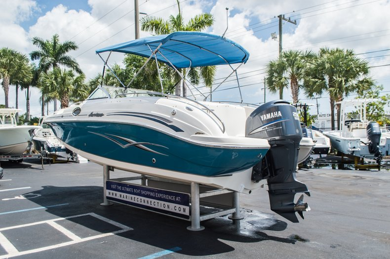 Thumbnail 6 for Used 2007 Hurricane Sundeck 257 DC boat for sale in West Palm Beach, FL