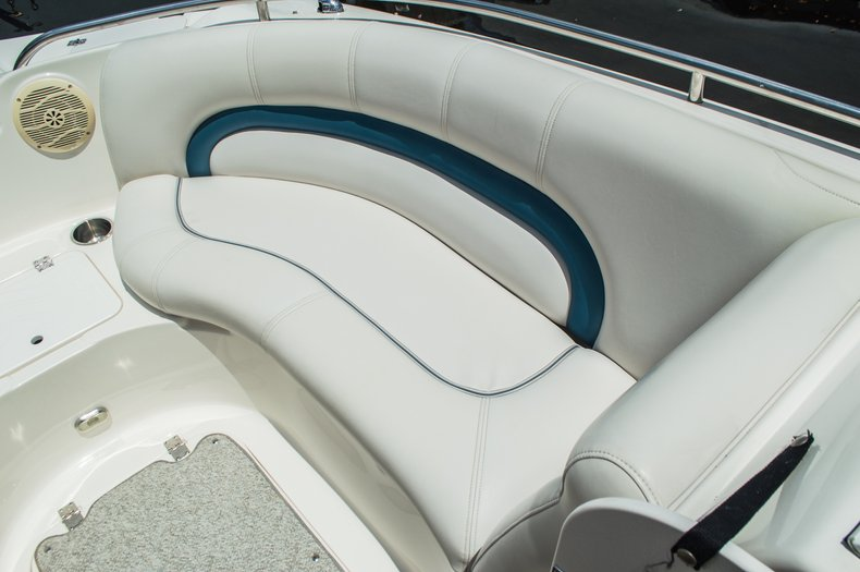 Thumbnail 25 for Used 2007 Hurricane Sundeck 257 DC boat for sale in West Palm Beach, FL