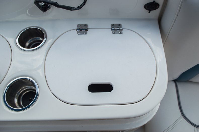 Thumbnail 51 for Used 2007 Hurricane Sundeck 257 DC boat for sale in West Palm Beach, FL