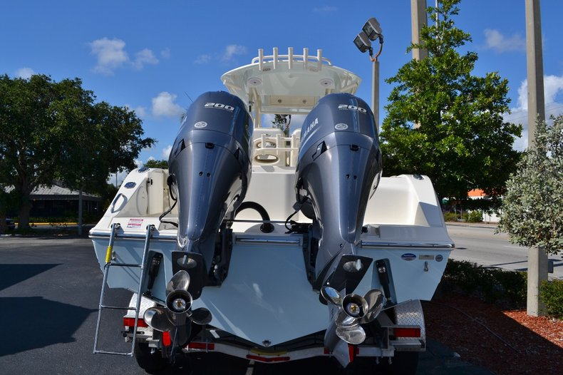 Thumbnail 2 for New 2015 Cobia 277 Center Console boat for sale in West Palm Beach, FL