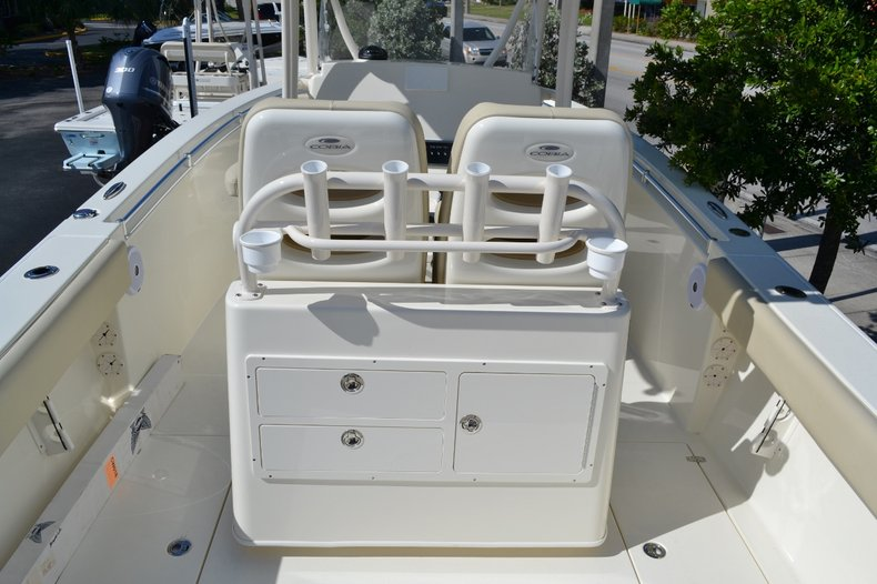 Thumbnail 9 for New 2015 Cobia 277 Center Console boat for sale in West Palm Beach, FL