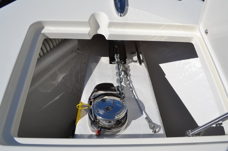 Thumbnail 19 for New 2015 Cobia 277 Center Console boat for sale in West Palm Beach, FL