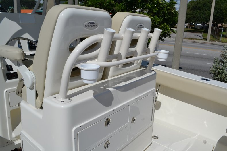 Thumbnail 23 for New 2015 Cobia 277 Center Console boat for sale in West Palm Beach, FL