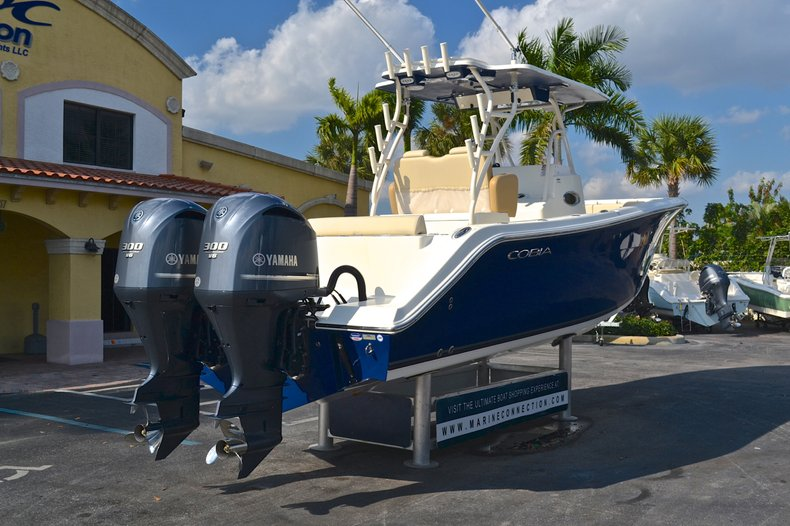 Thumbnail 7 for New 2013 Cobia 296 Center Console boat for sale in West Palm Beach, FL