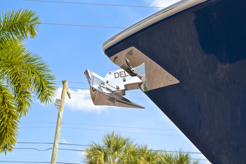 Thumbnail 9 for New 2013 Cobia 296 Center Console boat for sale in West Palm Beach, FL