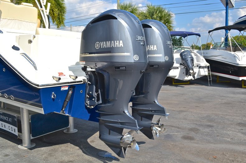 Thumbnail 10 for New 2013 Cobia 296 Center Console boat for sale in West Palm Beach, FL