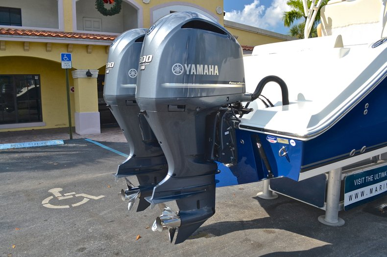 Thumbnail 12 for New 2013 Cobia 296 Center Console boat for sale in West Palm Beach, FL