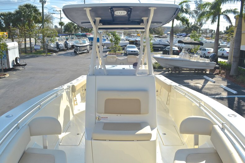 Thumbnail 102 for New 2013 Cobia 296 Center Console boat for sale in West Palm Beach, FL