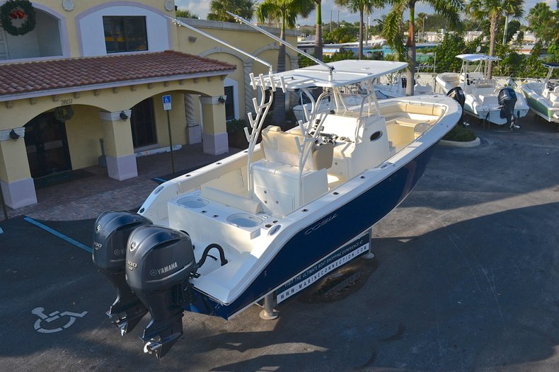 Thumbnail 127 for New 2013 Cobia 296 Center Console boat for sale in West Palm Beach, FL