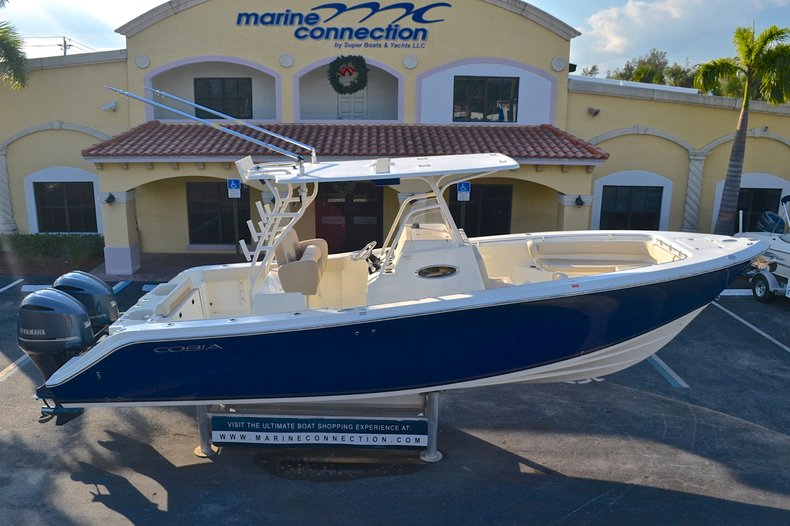 Thumbnail 128 for New 2013 Cobia 296 Center Console boat for sale in West Palm Beach, FL