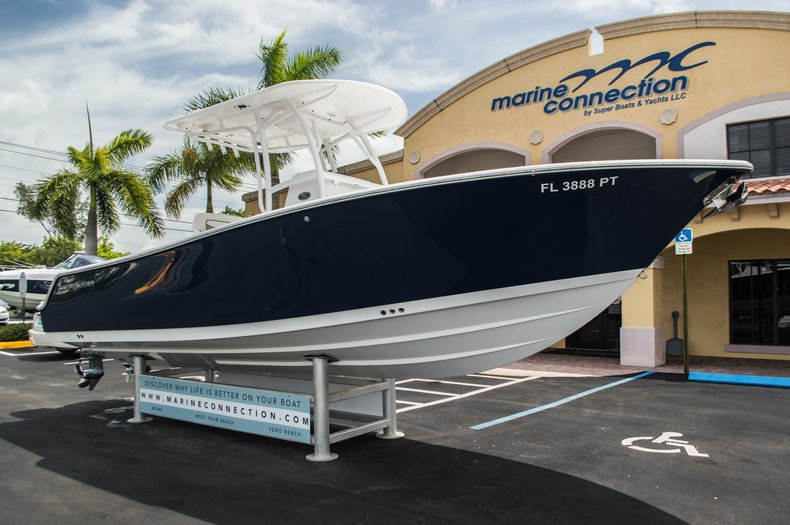 Thumbnail 1 for Used 2014 Sportsman Heritage 251 Center Console boat for sale in West Palm Beach, FL