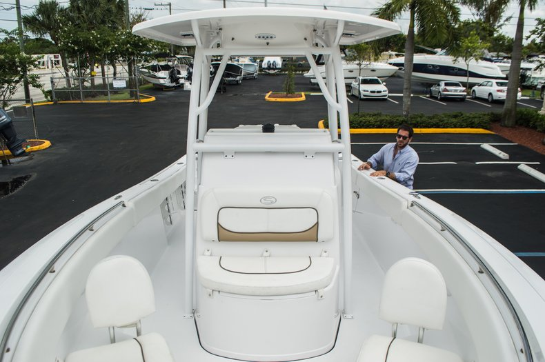 Thumbnail 15 for Used 2014 Sportsman Heritage 251 Center Console boat for sale in West Palm Beach, FL