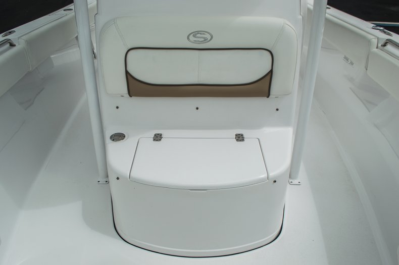Thumbnail 30 for Used 2014 Sportsman Heritage 251 Center Console boat for sale in West Palm Beach, FL