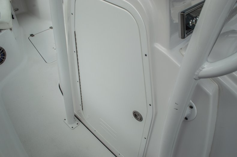 Thumbnail 34 for Used 2014 Sportsman Heritage 251 Center Console boat for sale in West Palm Beach, FL
