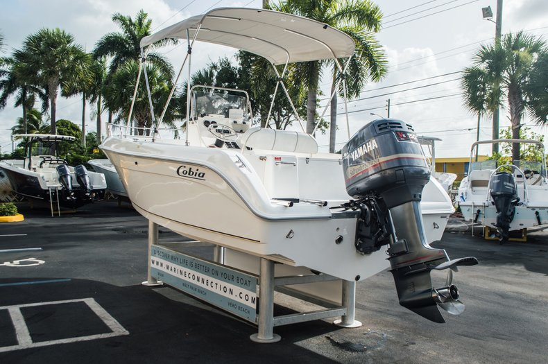Thumbnail 5 for Used 2004 Cobia 214 Center Console boat for sale in West Palm Beach, FL