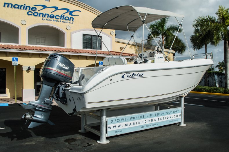 Thumbnail 7 for Used 2004 Cobia 214 Center Console boat for sale in West Palm Beach, FL