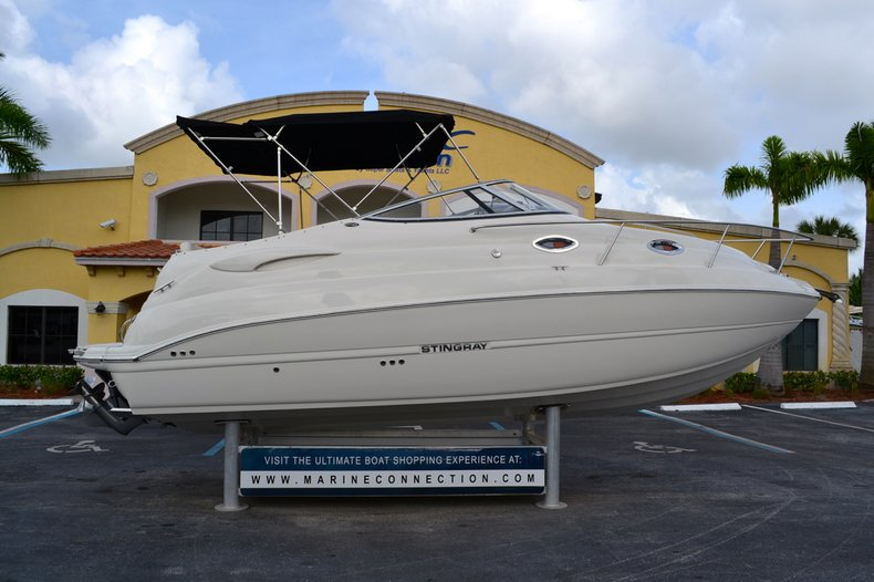 Used 2012 Stingray 250 CS Cabin Cruiser for sale