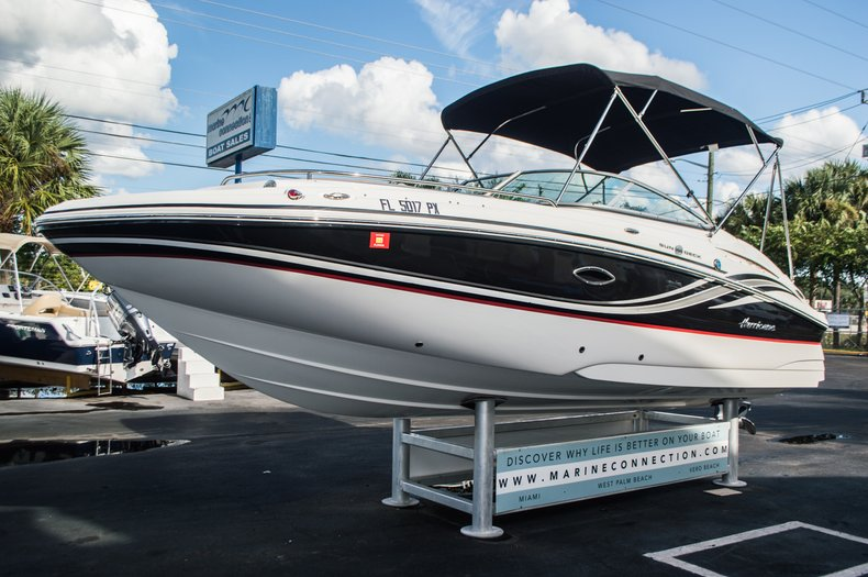Thumbnail 3 for Used 2014 Hurricane SunDeck SD 2200 DC OB boat for sale in West Palm Beach, FL