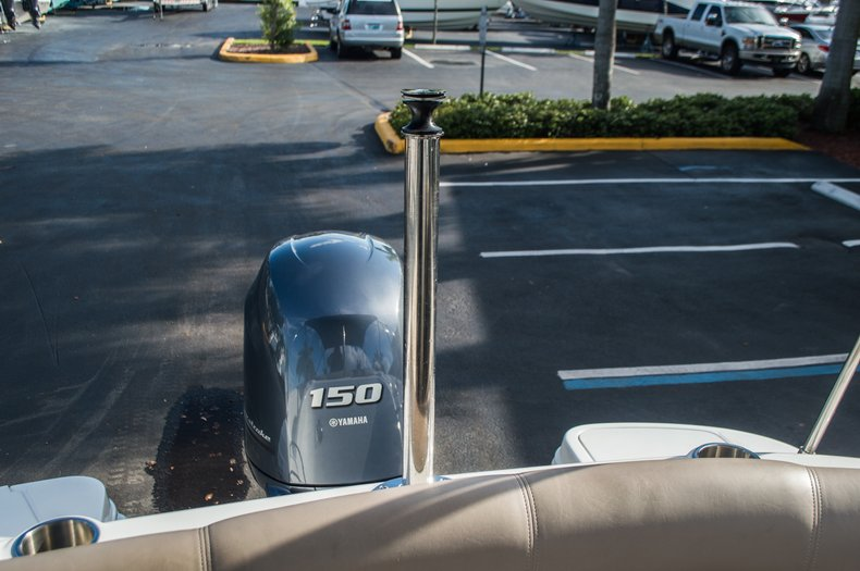 Thumbnail 41 for Used 2014 Hurricane SunDeck SD 2200 DC OB boat for sale in West Palm Beach, FL
