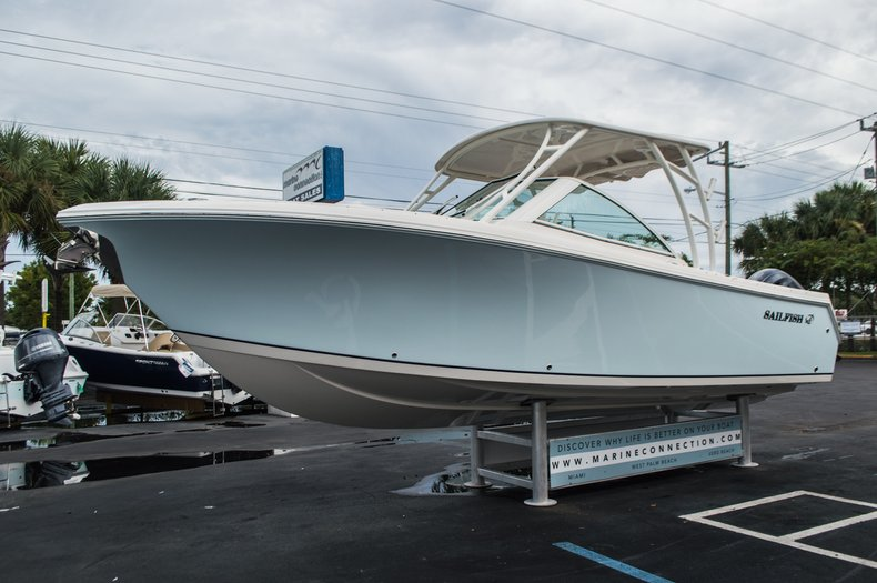 Thumbnail 3 for New 2016 Sailfish 275 Dual Console boat for sale in West Palm Beach, FL