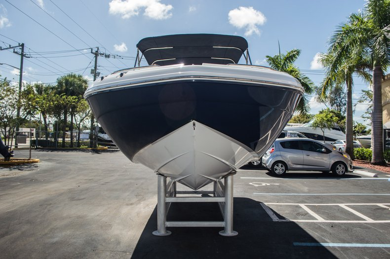 Thumbnail 2 for New 2016 Hurricane SunDeck SD 2200 OB boat for sale in West Palm Beach, FL