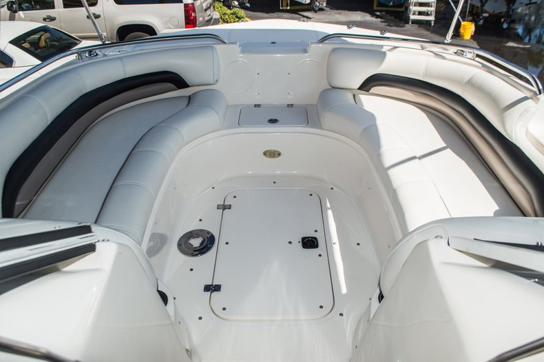 Thumbnail 11 for Used 2006 Hurricane SunDeck SD 237 OB boat for sale in West Palm Beach, FL