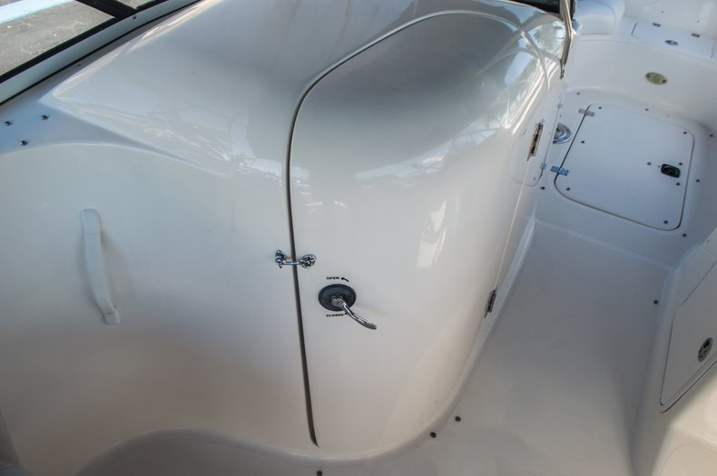 Thumbnail 29 for Used 2006 Hurricane SunDeck SD 237 OB boat for sale in West Palm Beach, FL