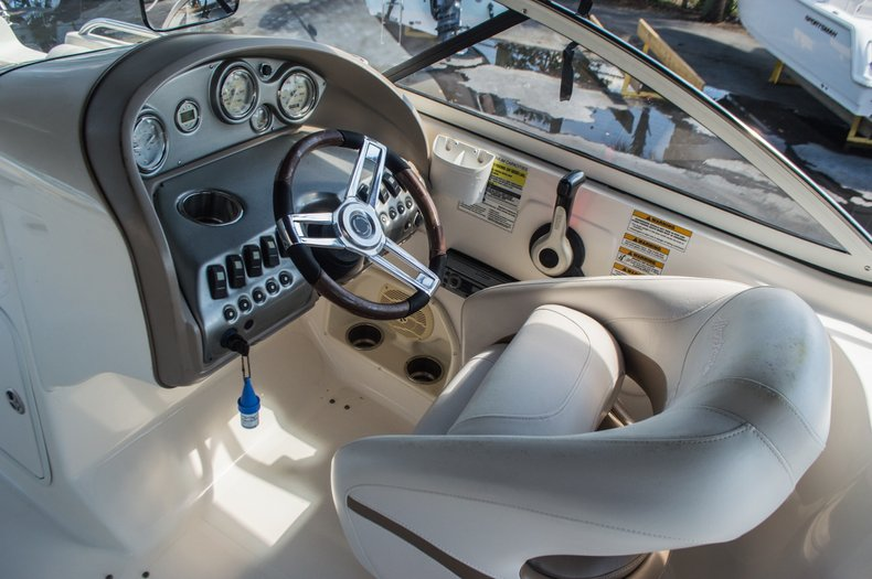 Thumbnail 33 for Used 2006 Hurricane SunDeck SD 237 OB boat for sale in West Palm Beach, FL