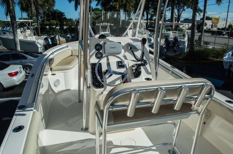 Thumbnail 9 for Used 2014 Cobia 217 Center Console boat for sale in West Palm Beach, FL