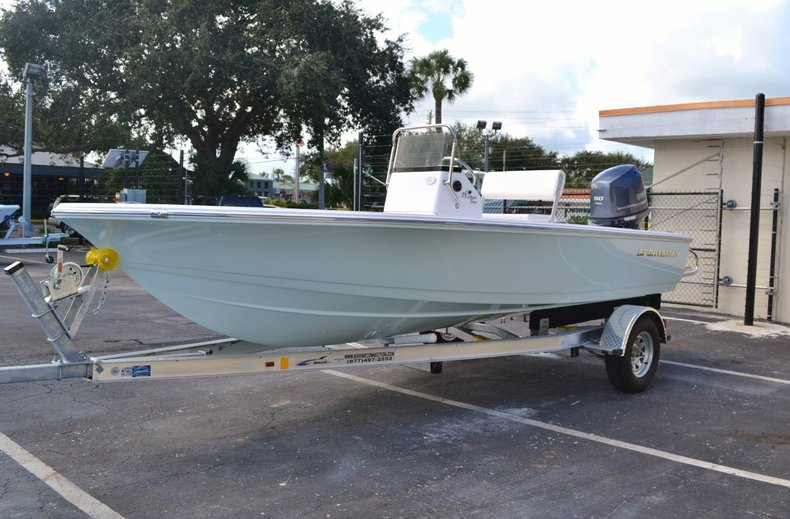Thumbnail 3 for New 2016 Sportsman 18 Island Bay boat for sale in West Palm Beach, FL