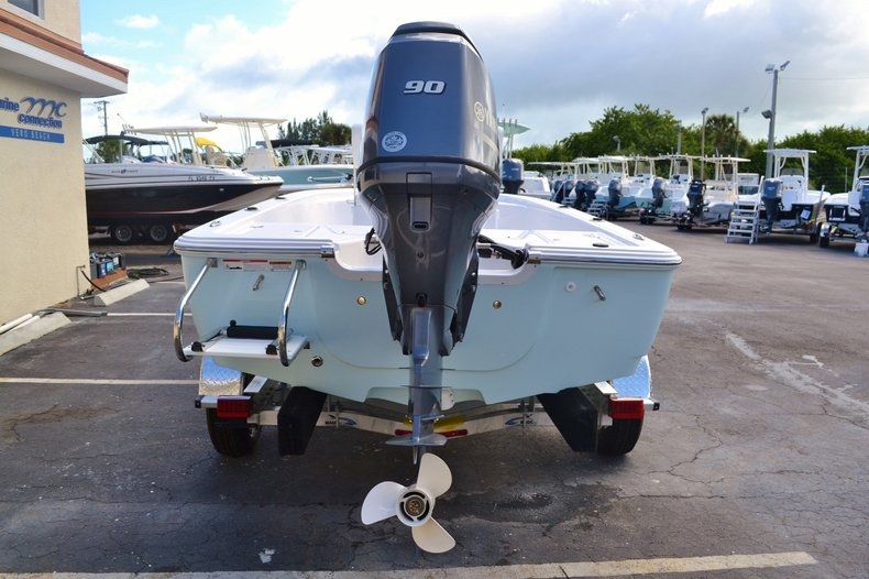 Thumbnail 5 for New 2016 Sportsman 18 Island Bay boat for sale in West Palm Beach, FL