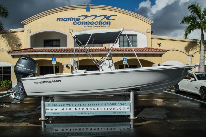 Thumbnail 8 for New 2016 Sportsman 20 Island Bay boat for sale in West Palm Beach, FL