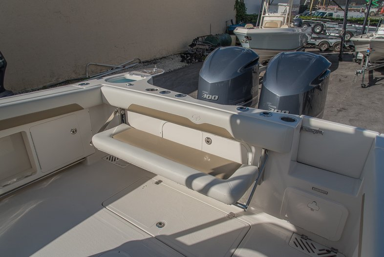 Thumbnail 34 for New 2016 Sailfish 320 CC Center Console boat for sale in West Palm Beach, FL