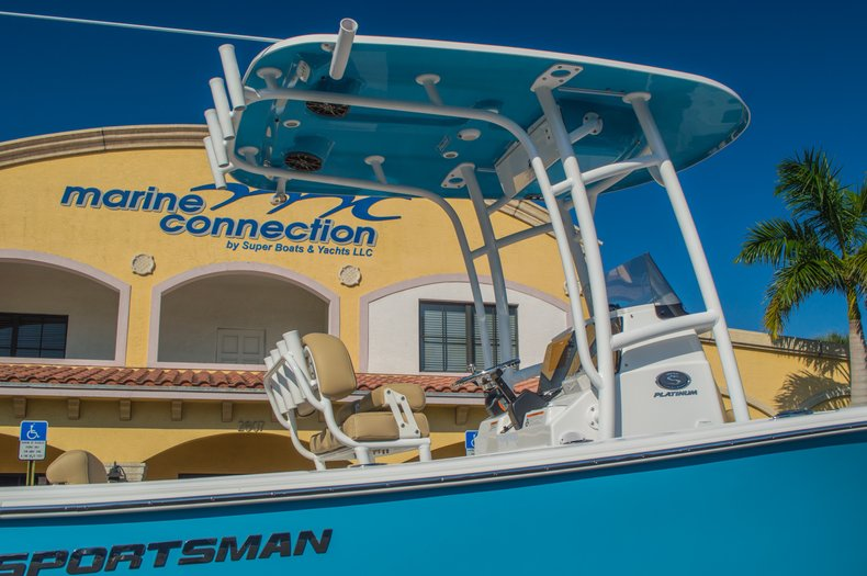 Thumbnail 9 for New 2016 Sportsman Open 212 Center Console boat for sale in West Palm Beach, FL