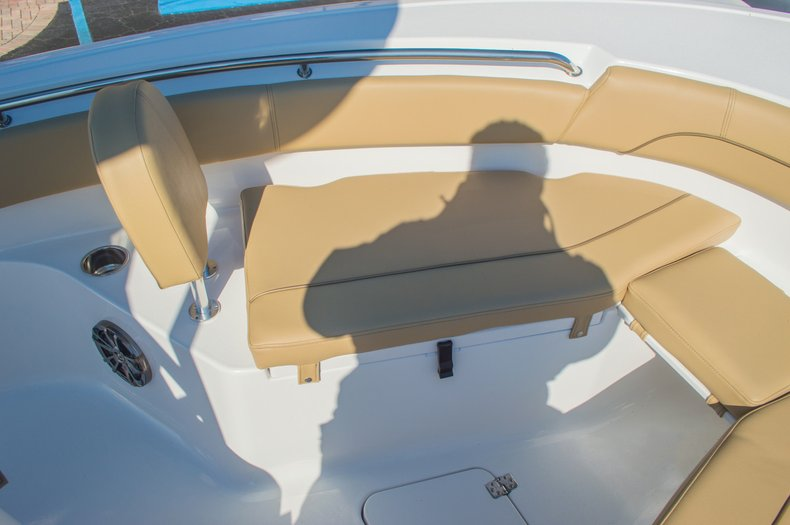 Thumbnail 43 for New 2016 Sportsman Open 212 Center Console boat for sale in West Palm Beach, FL