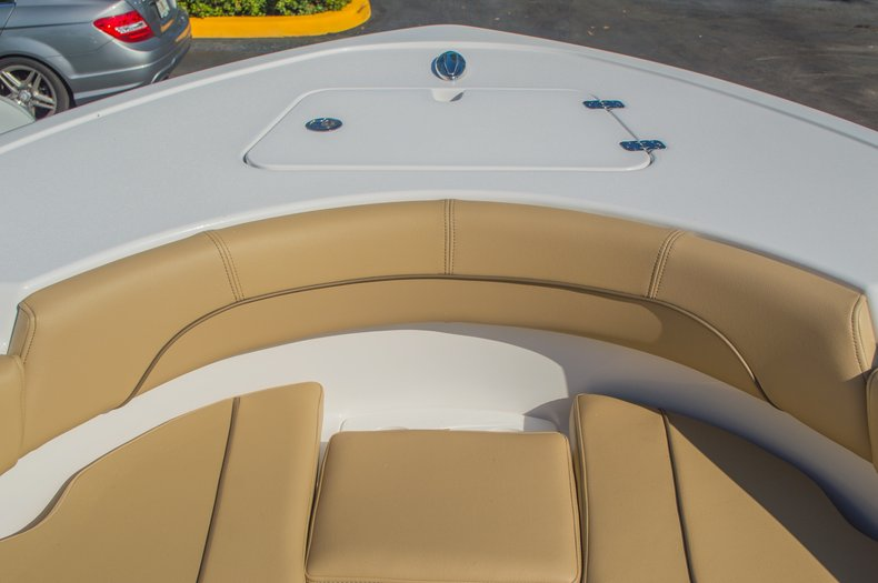 Thumbnail 47 for New 2016 Sportsman Open 212 Center Console boat for sale in West Palm Beach, FL