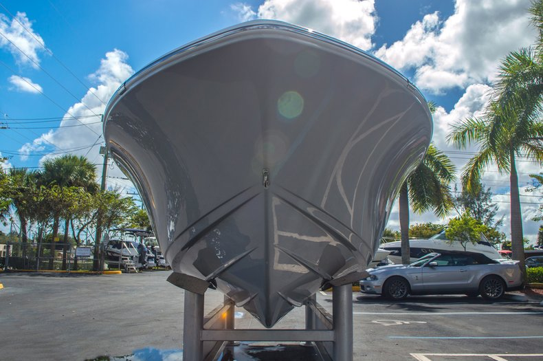 Thumbnail 3 for New 2016 Sportsman 19 Island Reef boat for sale in West Palm Beach, FL