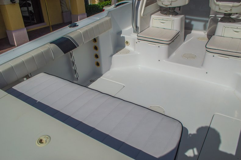 Thumbnail 13 for Used 1999 Pro-Line 251 WAC boat for sale in West Palm Beach, FL